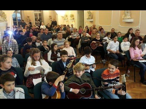 Deo javnog časa mladih tamburaša u Muzičkoj školi