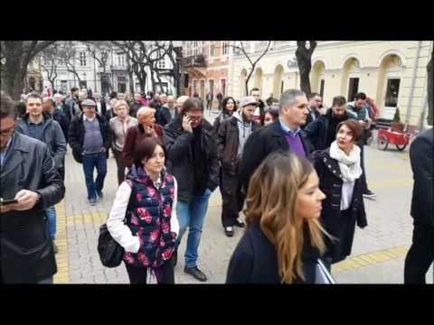 Dolazak simpatizera Saše Jankovića u centar grada